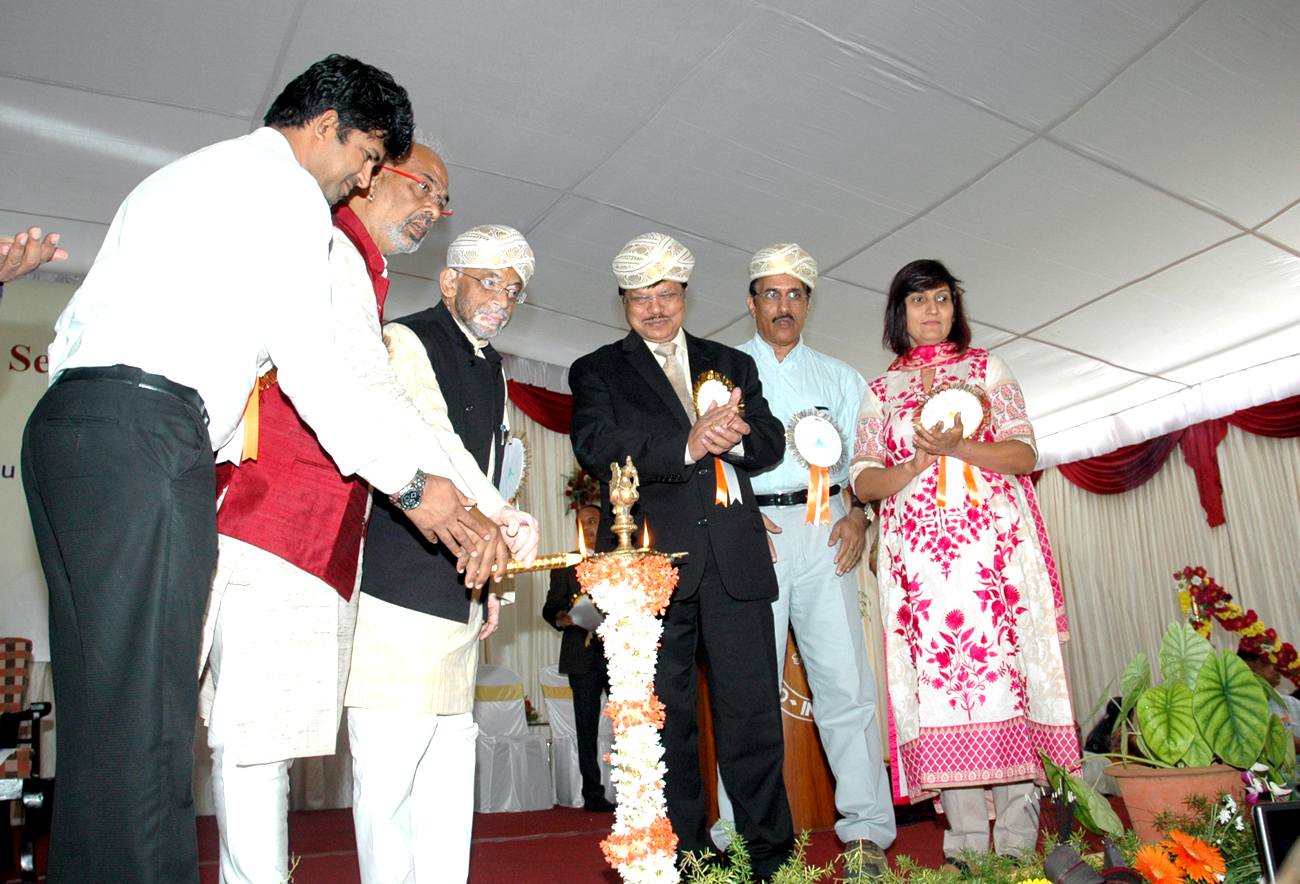 Inauguration of the National Workshop on Innovative Technologies and Best Practices in Sericulture by Minister